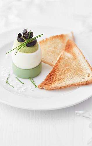 Plněná avokádová vejce